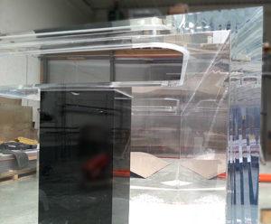 Cuve acrylique Trapeze en PMMA 1900 litres collage